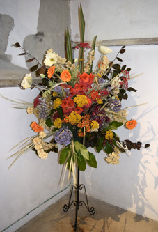 flowers by the altar at all saints warlingham